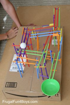 Engineering Project for Kids: Build a Straw Roller Coaster! - Frugal Fun For Boys and Girls - Hobbies paining body for kids and adult Stem Science, Science Experiments Kids, Science For Kids, Physical Science, Earth Science, Stem For Kids, Diy For Kids, Crafts For Kids, Stem Projects For Kids
