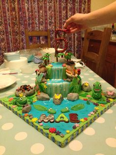 Jungle themed cake Themed Cakes, Desserts, Food, Theme Cakes, Tailgate Desserts, Deserts, Essen, Cake Art, Postres