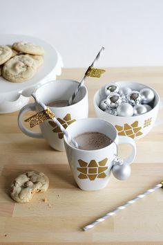Gift bow holiday mug!