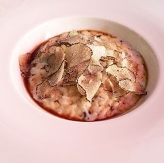 Risotto aux trois fromages, jus de veau et truffes d'été – Restaurant Mantel, Cannes