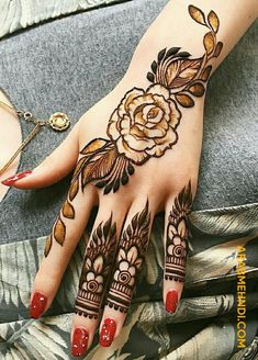50 Most beautiful Banarsi Mehndi Design (Banarsi Henna Design) that you can apply on your Beautiful Hands and Body in daily life. Bridal Henna Designs, Unique Mehndi Designs, Mehndi Design Images, Mehndi Designs For Hands, Henna Stencils, Mehndi Desighn, Finger Henna, Henna Mehndi, Henna Patterns