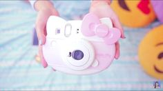 Hello kitty camera  =•ㅅ•=