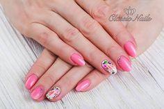 Virágos, rózsaszín gél lakk