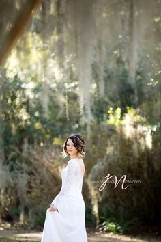 Marissa Ann Photography - Dallas-area Photographers - Wedding day photography and bridal portraits