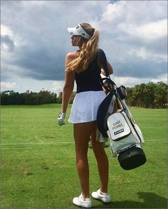 Girl Golf Outfit, Cute Golf Outfit, Girls Golf, Ladies Golf, Women Golf, Wii, Looks Academia, Golf Pictures, Golf Photography