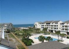 Cape San Blas, FL: GULF VIEW TOWNHOME LOCATED ON CAPE SAN BLAS The community pool, a playground and boardwalk access to the beach make this townhome a great place for a ...