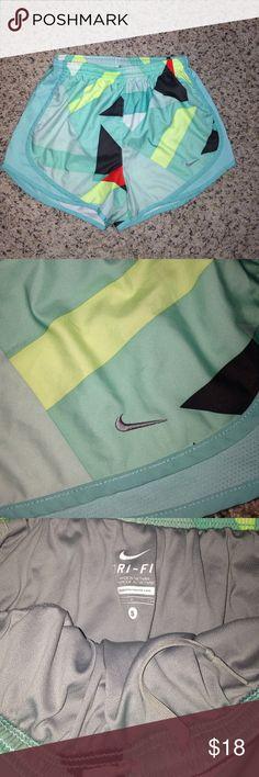 Nike geometric running shorts. Size S. Nike geometric running shorts. Size S. Like new. Has built in liner. Nike Shorts