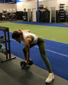 """5,413 Likes, 49 Comments - Alexia Clark (@alexia_clark) on Instagram: """"Hit it all Saturday 40 seconds on 20seconds rest 3-5 rounds #alexiaclark #queenofworkouts…"""""""