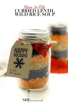 Mason Jar Gift Idea- This Curried Lentil and Wild Rice Soup can be made in minutes and makes for a fabulous holiday or hostess gift!  FREE printables included. Your gift-receivers will just need to add water!