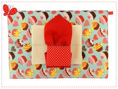 Imagem de http://img.elo7.com.br/product/zoom/B295E5/jogo-americano-cupcakes-chocolate-un-jogo-americano-tecido.jpg.