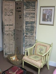 Privacy screen made of old shutters. Another DIY but maybe for the garden or inside a dressing room.