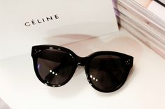 Cèline More Celine Sunglasses Audrey, Sunglasses Outlets, Fashion Styles, Celine Audrey Sunglasses, Celine Sunny, Sunglasses Celine, Oakley Sunglasses, Ban Sunglasses, Christmas Gifts Celine Audrey Sunglasses With the Oakley Sunglasses Outlet #Oakley #Sunglasses #Outlet you are guaranteed to look and feel cool. Do you still worry about the Christmas gift? Here can help you get the beat gift for you little girl. What are you waiting for? http://glassesmystyle.blogspot.com/ Celine sunnies