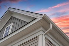 New trend of fiber cement siding has come up. Check out the styles here and contact a trustworthy siding company. #JamesHardieSiding #FiberCementSiding
