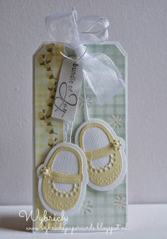 Cards made by Wybrich: Marianne Design Challenge 101 Handmade Tags, Greeting Cards Handmade, Baby Scrapbook, Scrapbook Cards, Scrapbooking, Tarjetas Stampin Up, Card Tags, Gift Tags, Baby Mini Album