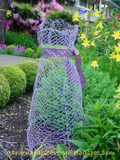 Garden of Discovery: Chicken Wire Never Looked So Lovely