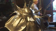An Argentine goldsmith uses metal from the Falkland Islands war and turns them into into peace roses.