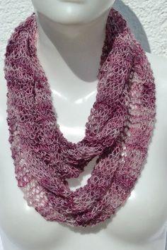 gestrickt - Loop Schlauchschal Schal lila rosé weiß meliert - ein Designerstück…