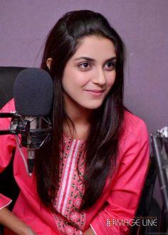 Maya Ali Famous Pakistani Drama Actress and model pictures and images free Maya Ali, Cute Celebrities, Celebs, Female Celebrities, Galaxy Pictures, Beautiful Blonde Girl, Pakistani Actress, Saree Dress, Model Pictures