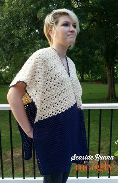 Make this beautiful ruana (poncho-shawl hybrid) with Vanna's Style! Free crochet pattern by Moogly!