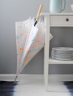 DIY paint-splattered umbrella is an awesomely unique gift