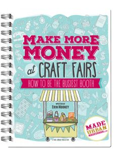 These unique and easy craft ideas to make and sell will help you build your handmade business to make some extra cash! Check out these DIY crafts to sell! Craft Show Table, Craft Show Booths, Craft Fair Displays, Craft Show Ideas, Display Ideas, Vendor Displays, Vendor Booth, Booth Displays, Retail Displays