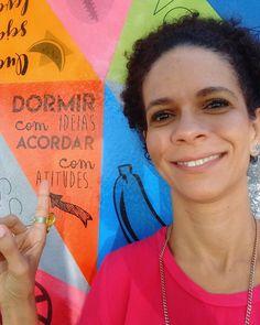 Aquela selfie marota no muro mais sucesso da Bahia! Conhece a Nossa Casa Colaborativa? [@no.ssa_casa]