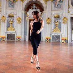 #nastygal #dress #chic #modablogger #blogdimoda #fashionista #streetstyle #style #dress #abito #glam #look