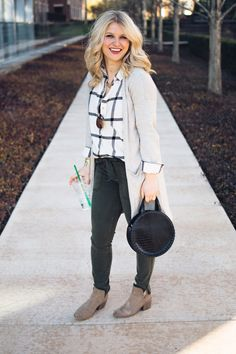 Functional Career Style Inspiration// How to Style Cargo Pants
