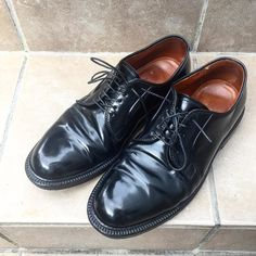 Cordovan Shoes, Men Dress, Dress Shoes, Get Dressed, Leather Shoes, Derby, Oxford Shoes, Lace Up, Booty