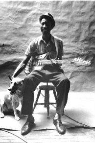 Amazon.co.uk: Hound Dog Taylor: Albums, Songs, Biogs, Photos