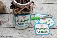 Reindeer Cookies In A Jar with free printable tags