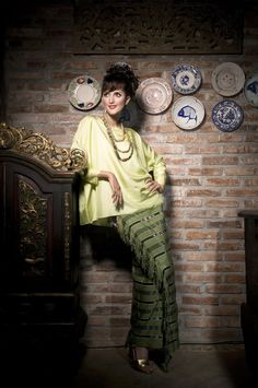Perkawinan Magz (Contributor) - Fashion Spread - Dec 2009