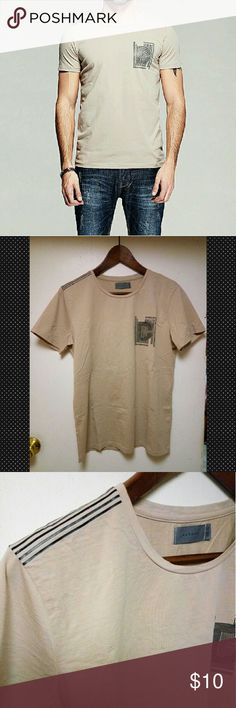 """New Men Fashion KUEGOU Slim T-shirt S New with no tag/ cream   Size tag XL fits US Small  Asian Imported  Model reference: height 5.8 ft, weight 160lbs (small)  Measurements  Shoulder 17"""", pit to pit 20.5"""", sleeve length 7.3"""", lenght 27"""" KUEGOU Shirts Tees - Short Sleeve"""