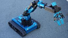 Robot for intervention, technical assistance and mine clearance: Category – 250 Kg Civil, industrial, military sectors the RHYNO is a medium-sized multi-purpose robot; It has a unique power and payload capacity in the world. With a 100 mm ground clearance, it will move on any type of terrain: sand,
