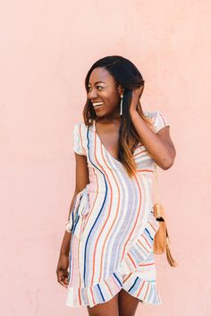 South Carolina Fashion Blogger, GoodTomiCha, shares how she makes money as a microinfluencer... without have hundreds of thousands of followers. Learn how to monetize your content today! #marketing #influencermarketing #microinfluencers #blackfashionbloggers #southernfashionbloggers #GoodTomiCha #TomiObebe #GreenvilleSC #yeahthatgreenville