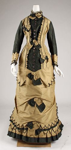 Dress, silk taffeta, 1879-81, American. Metropolitan Museum of Art accession no. C.I.50.105.17