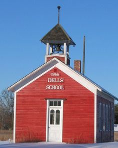 Wisconsin One Room Schoolhouse | lonely one room school house in Winter in rural Augusta Wisconsin ...