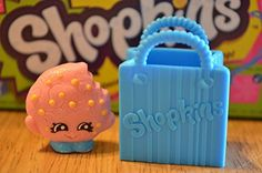 2014 SHOPKINS FIGURES - KOOKY COOKIE #039 SEASON 1 - ULTRA RARE Shopkins http://www.amazon.com/dp/B00M6ANUTK/ref=cm_sw_r_pi_dp_zgP4tb02XQ819