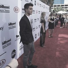 Gabriel Conte at the BBMA's 2015 Jess And Gabe, Gabriel Conte, Billboard Music Awards, Youtubers, Guys, Funny, Fictional Characters, Musica, Storytelling