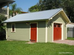Custom 16'x22' one car garage built in Tampa, FL by Historic Shed