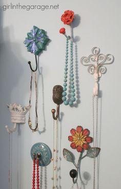 Pretty Wall Hooks as Jewelry Storage in the Bedroom I girlinthegarage.net Jewelry Hooks, Jewellery Storage, Diy Jewelry, Jewellery Display, Jewelry Design, Jewelry Making, Diy Wall, Wall Decor, Decor Pad