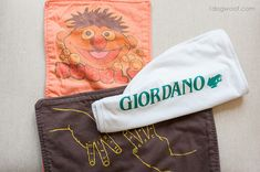 Turn your old tshirts into burp cloths | www.1dogwoof.com