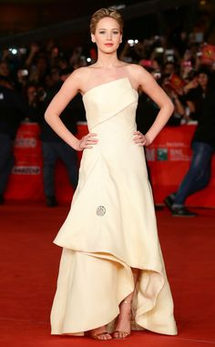 Jennifer Lawrence at Rome Premiere from Hunger Games: Catching Fire Premieres Around the World | E! Online