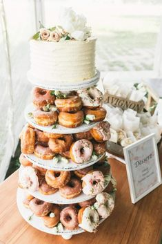 Donut tower wedding cake in white and and soft pinks - Hair and beauty - Donuts Donut Wedding Cake, Wedding Donuts, Small Wedding Cakes, Wedding Desserts, Wedding Decorations, Cupcake Tower Wedding, Rustic Wedding Cupcakes, Cupcake Towers, Rustic Cake