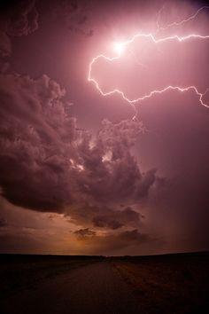 lightning, lightning photography, weather, weather photography, sky photography, severe weather, storms, storm photography