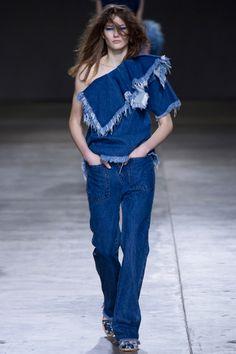 Marques\' Almeida  Fall 2014 RTW - Runway Photos - Vogue