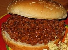Grandma's Sloppy Joes | BigOven      1 tablespoonolive oil            2 poundslean ground beef; (I use ground round or sirloin)             1 10.75-oz cantomato soup            1/2 cupKetchup            2 tablespoonWorcestershire Sauce            2 tablespoonCider vinegar            2 tablespoonBrown sugar            1 tablespoonprepared yellow mustard             Salt and fresh ground black pepper,; to taste