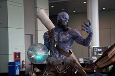 Ryze statue, looks real! LOL