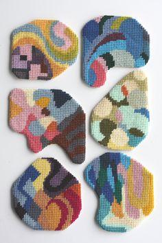 needlepoint coaster by CRESUS artisanat