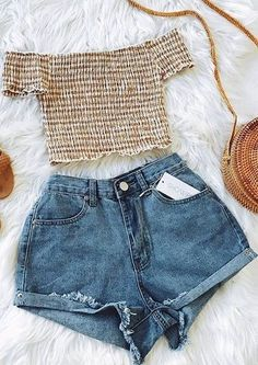 50 Genius Summer Outfits Ideas To Copy Right Now - vintage summer outfits outfits vintage shorts vintage dress vintage fashion vintage outfits summer beach dress summer beach wear summer dress flowers - Vintage Outfits -Summer Vintage Dresses 2019